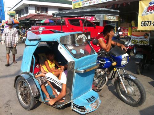 フィリピンの交通事情イメージ