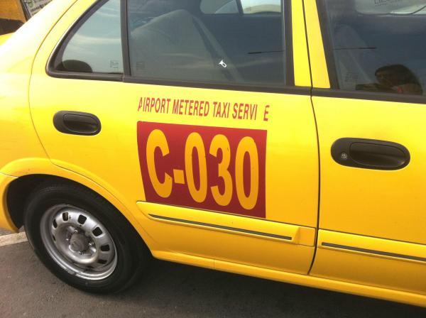 airport taxi.jpg