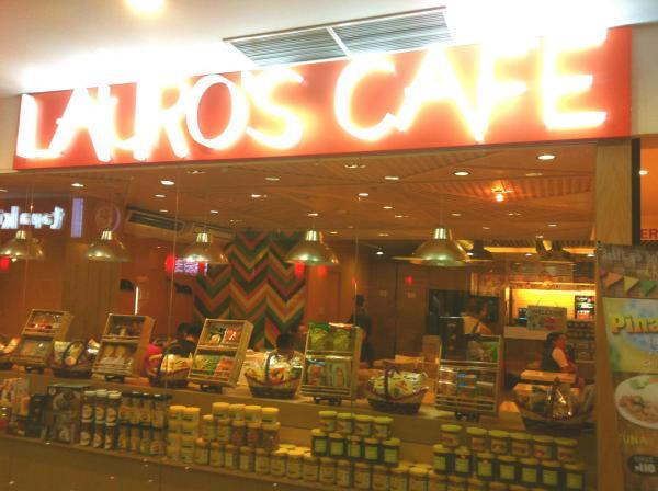 Lauros cafe.jpg