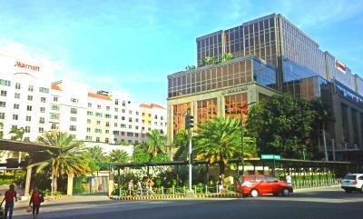ResortWorld_Outside.jpg