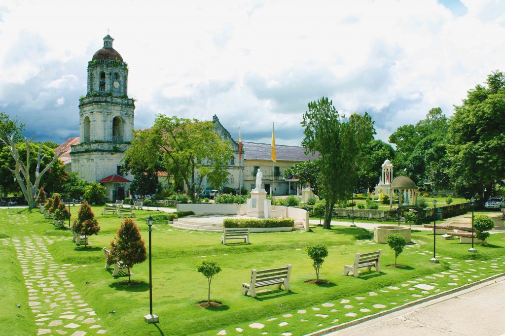 church-and-plaza-shot-from-municipal-hall-2nd-floor